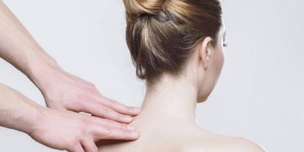 Comment gérer ses problèmes de dos au quotidien ?